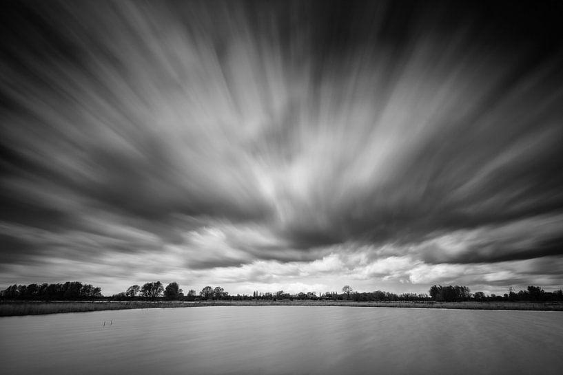 Moving Clouds van Rob Christiaans