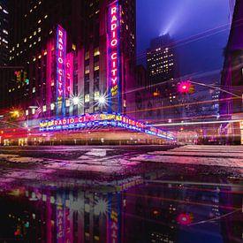 Radio City, New York van Dennis Donders