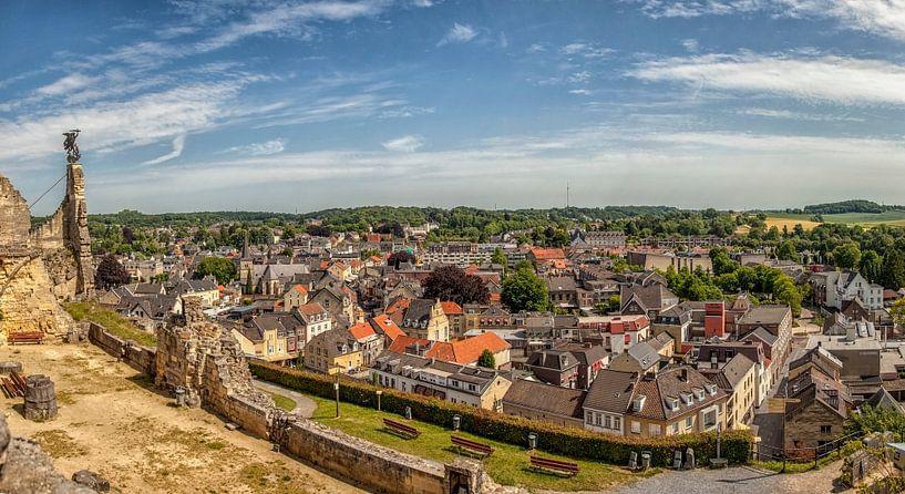 Panorama over Valkenburg aan de Geul vanaf de Ruïne van John Kreukniet