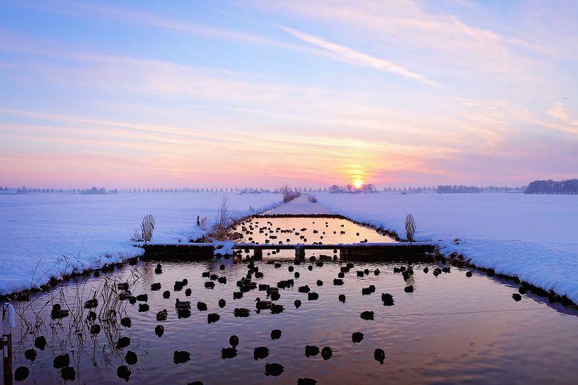 Zonsondergang  in de winter van LHJB Photography