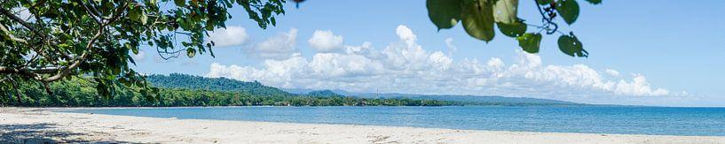 Playa Blanca Cahuita in Costa Rica van Bram van der Meer