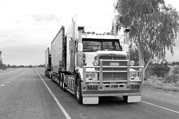 Truck, Australië van Inge Hogenbijl