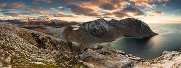 Panorama Ryten - Lofoten von Dion van den Boom