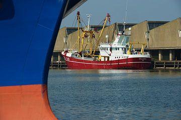 Visafslag in de haven van Scheveningen van Georges Hoeberechts