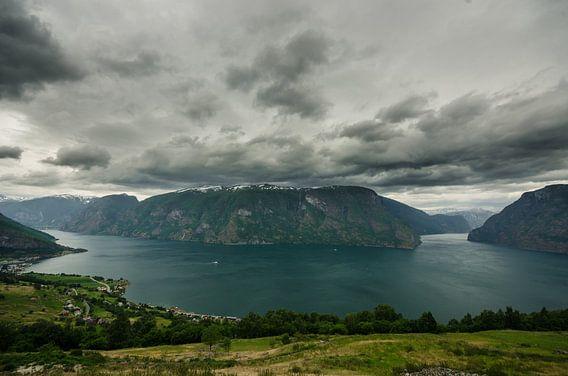 Aurlandsfjorden - Noorwegen van Ricardo Bouman | Fotografie