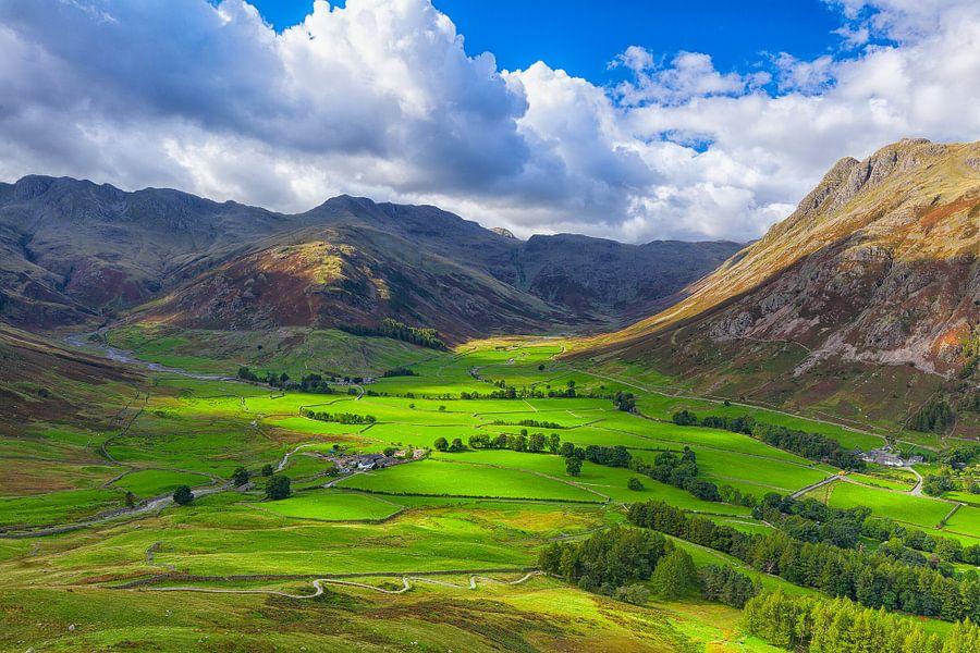 Uitzicht vanaf Side Pike in de Lake District van Ron Buist