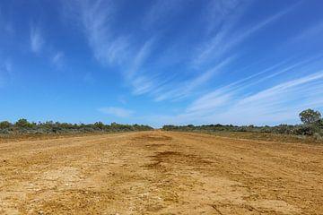 Outback road Australia von Marcel van den Bos