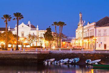 Faro an der Algarve in Portugal bei Nacht von Werner Dieterich