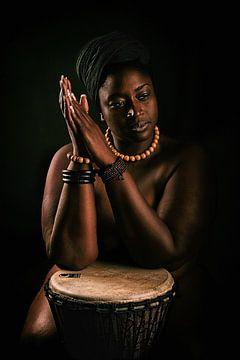 African Beauty (nude / naakt) von Kees de Knegt