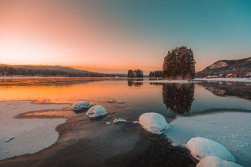 Zweden rivier in de winter 2 van