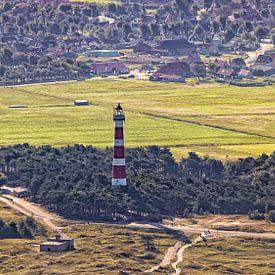 Leuchtturm Ameland & Dorf Hollum von Roel Ovinge