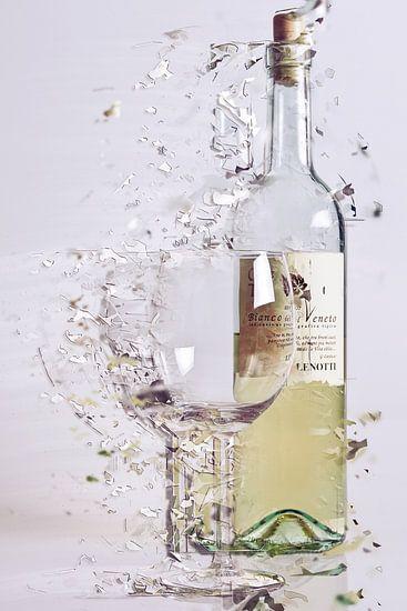 Gebroken glas van Jos Verhoeven