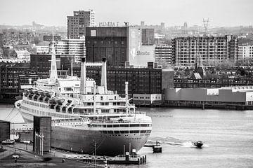 Oude Stoomschip de Rotterdam van Ton de Koning