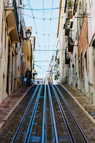 De steile heuvels van Lissabon van Jessica Arends
