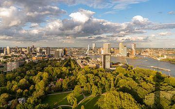 Uitzicht over Rotterdam van Jeroen Kleiberg