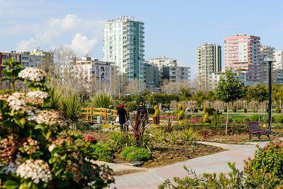 Adana stad vanuit het centrale park