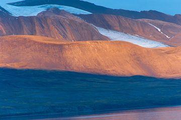 Kleuren van Spitsbergen van Bert Tamboer