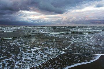 Wolken boven zee sur Dirk van Egmond
