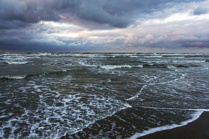Wolken boven zee van Dirk van Egmond