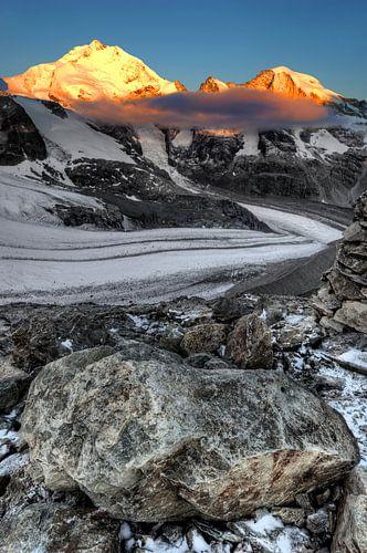 Bernina mountaintops in the Sun van