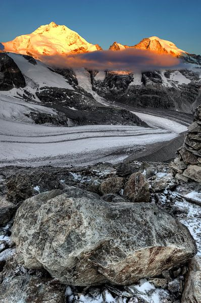 Bernina mountaintops in the Sun van Ben Töller