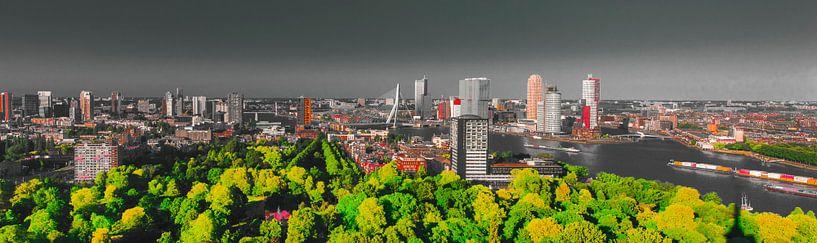 Rotterdam skyline mystiek van Maurice B Kloots      www.Fototrends.nl