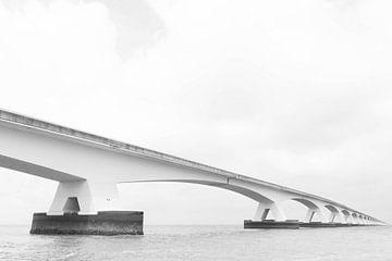 Zeelandbrug, Die Niederlande von Peter Hooijmeijer