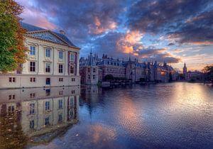 Mauritshuis en Binnenhof tijdens zonsondergang