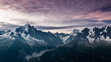 Dageraad op de Alpen van Jc Poirot