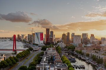 Zonsondergang Skyline Rotterdam van MAT Fotografie