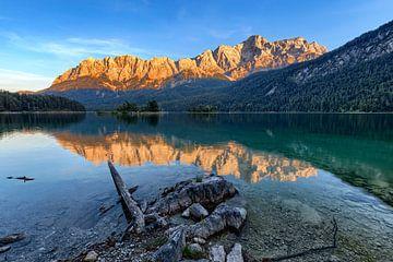 Kurz bevor die Alpen glühen von Uwe Ulrich Grün
