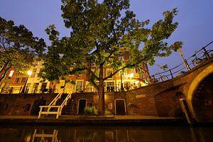 Oudegracht met Zandbrug in Utrecht