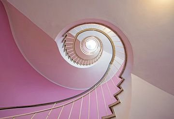 de roze rood trap, Anette Ohlendorf van 1x