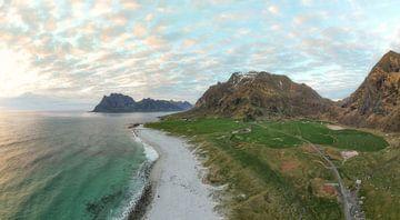 Uttakleiv Beach von Roelof Nijholt