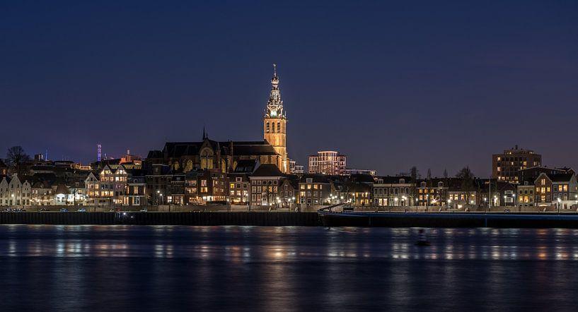 St. Stevenskerk - Nijmegen blauwe uurtje van Henk Verheyen