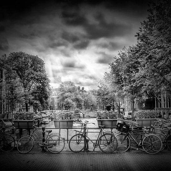 AMSTERDAM Herengracht | monochroom van Melanie Viola
