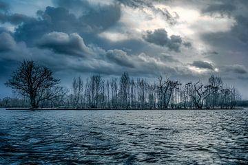 Een koude storm van Göran Dekker