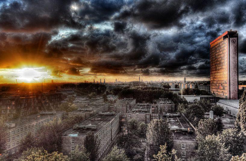 Wolken boven Delft van Rogier Vermeulen