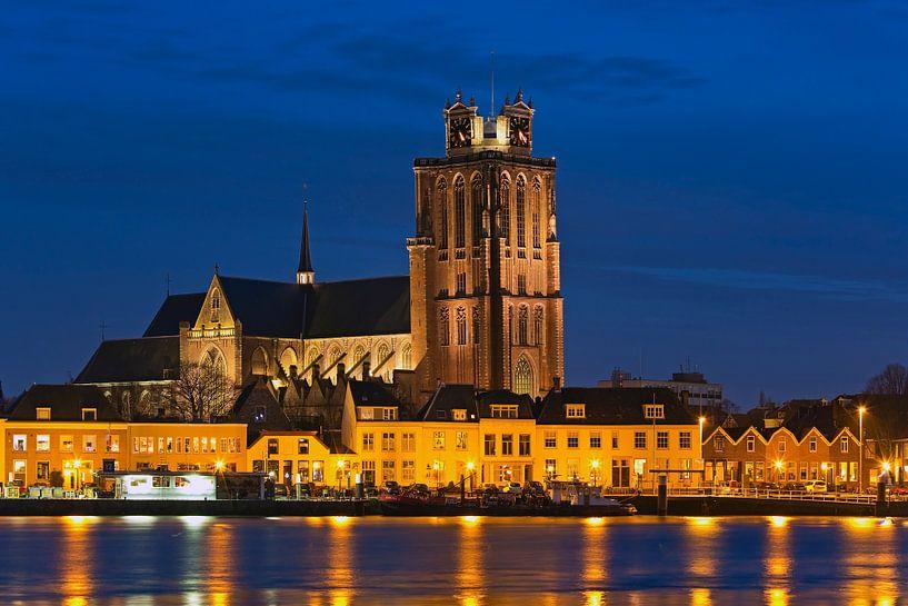 Nachtfoto Grote Kerk Dordrecht van Anton de Zeeuw