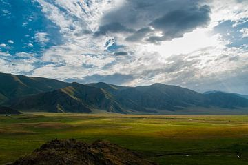 Mountains in Kyrgyzstan sur Jaco Visser