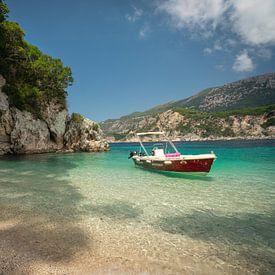 Plage turquoise en Grèce sur Edwin Mooijaart