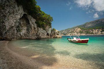 Türkisfarbener Strand in Griechenland von Edwin Mooijaart