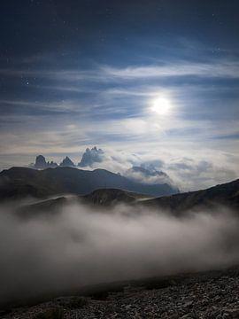 Volle maan boven Gadini di Misurina van Thomas Weber