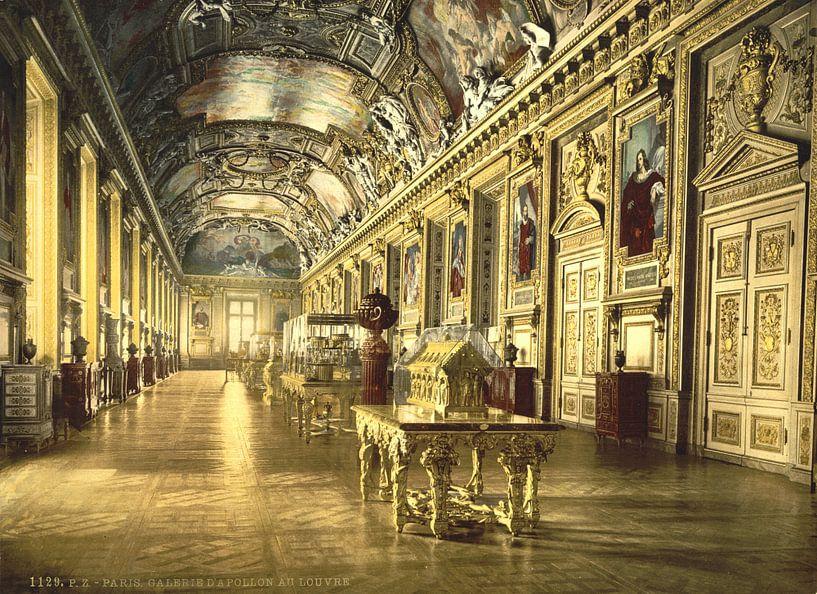The Louvre, a gallery in the Louvre, Paris van Vintage Afbeeldingen