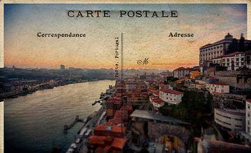 Sonnenuntergang Blick auf den Douro und den alten Teil von Porto, Portugal von Ariadna de Raadt