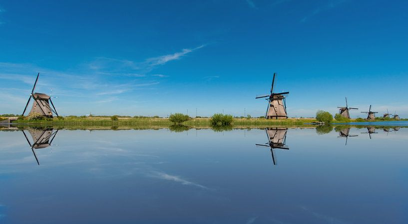 Kinderdijk Holland Windmills van Brian Morgan