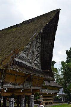 Traditionelles Bauen in Indonesien von Esther Kruik
