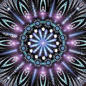 Kosmisch violet licht mandala van Nina IoKa