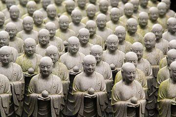 Jiso-beelden in Hasedera Tempel van Marie-Christine Alsemgeest-Zuiderent