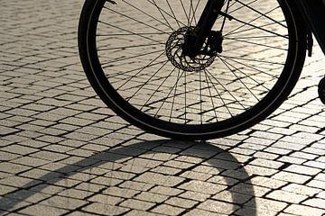 Silhouet van een fiets van Heiko Kueverling